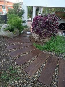 les 81 meilleures images du tableau garden sur pinterest With beautiful idee amenagement exterieur entree maison 1 photo n176504381 gardenoutdoor pinterest exterieur