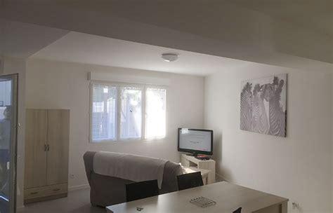 meuble d 騅ier de cuisine appartement meublés f3 entièrement rénové a 80 mètres des thermes pour une cure