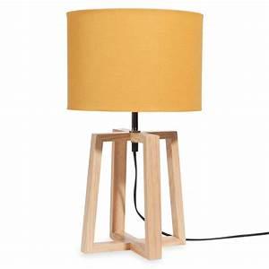 Abat Jour Lampe : lampe en bois avec abat jour jaune h 44 cm hedmark maisons du monde ~ Teatrodelosmanantiales.com Idées de Décoration