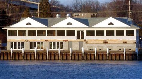 Pa. Family Buys Schaefer's Canal House For .6m