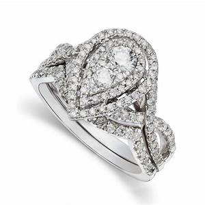 Pear shaped engagement ring settings wedding and bridal for Wedding bands for pear shaped rings