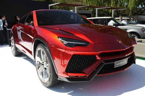 lamborghini developing urus   awaiting green