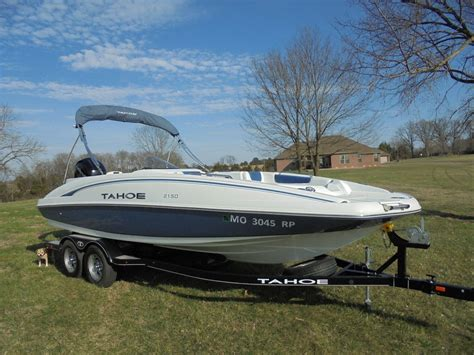 Tahoe Boats Factory by Tahoe 2150 Deck Boat W Merc 150hp And A Factory Trailer