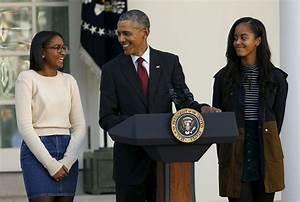 Malia And Sasha Obama Bring Simple Style To Thanksgiving ...