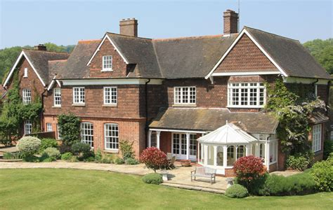Country Houses For Sale In The Surrey Hills