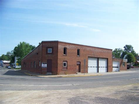 Greystone Commerical  Wisconsin Office Warehouse For Sale