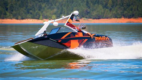 Pavati Boats Oregon by Pavati Is Looking For Wakeboarders To In Wakeboarding