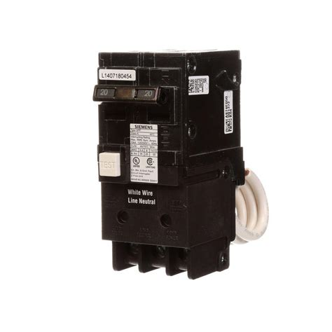 gfci circuit breaker siemens 20 amp double pole type qpf gfci circuit breaker qf220p the home depot
