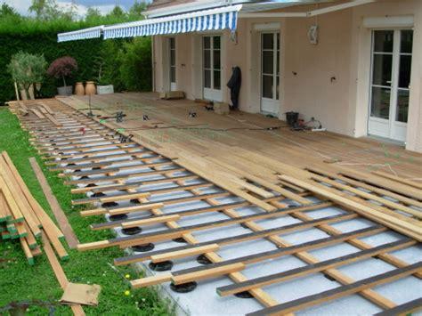 terrasse en bois sur dalle beton nos conseils