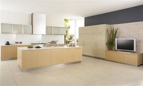 Kitchen Tile Design Ideas  Get Inspired By Photos Of. Touch Activated Kitchen Faucets. Mid Century Kitchen Remodel. Downdraft Kitchen Vent. Garage Kitchen. Accent Walls In Kitchen. Kitchen Remodel Tampa. Boos Kitchen Islands Sale. Door Knobs For Kitchen Cabinets