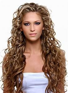 Sehr Dünne Haare Frisur : extrem lange braune haare mit str hnen braune locken ~ Frokenaadalensverden.com Haus und Dekorationen