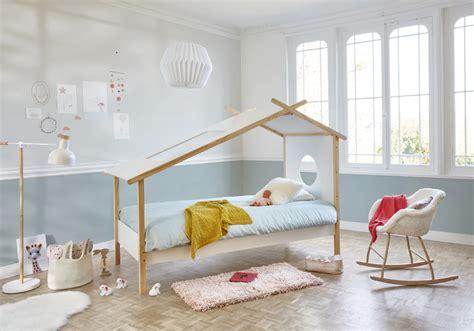 plafond de chambre peinture chambre plafond haut raliss com