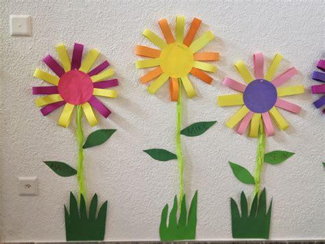 Frühlingsblumen Basteln Fürs Fenster by Fr 252 Hlingsblumen Basteln Mit Kindern Artownit For Avec
