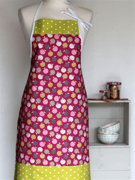 femme cuisine tablier de cuisine femme frutti creacoton