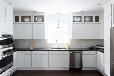 kitchen cabinet crown kitchen cabinets with white crown moulding white 2445