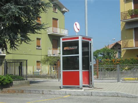 sirtori rimossa la cabina telecom della piazza ma nel