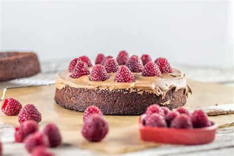 g 226 teau en p 226 te 224 sucre chocolat framboise cuisine moi un