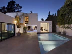 Fresh Glass Modern Houses by World Of Architecture Modern Beverly House Wood
