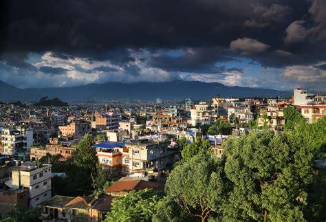 request i file kathmandu im monsun jpg wikimedia commons