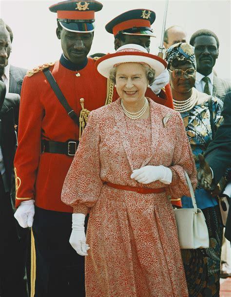 RCIN 2880517 - HM Queen Elizabeth II in Kenya