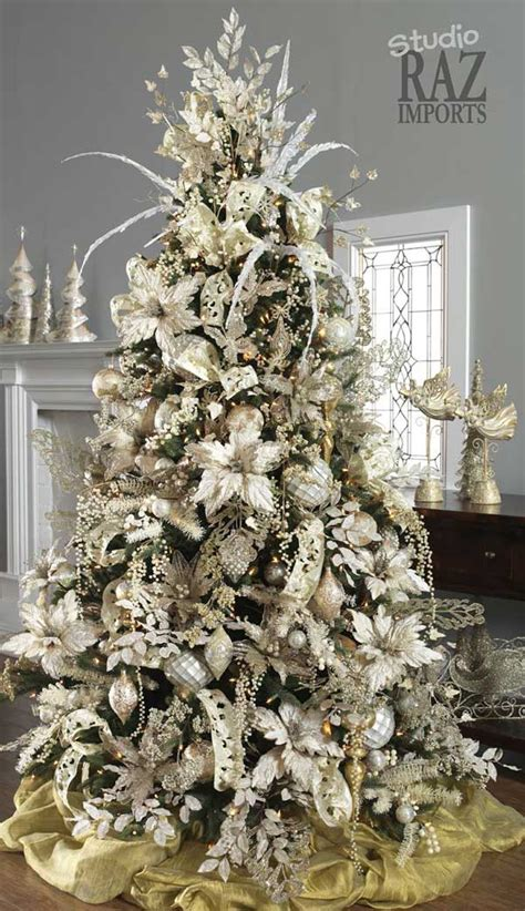 christmas tree decorations ideas and tips to decorate it inspirationseek com
