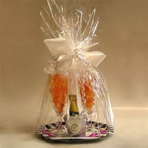 Geschenk Verpacken Folie : gummib ren fruchtgummi in gaggenau dazu geschenke schokolade schokoladenfiguren fun ~ Orissabook.com Haus und Dekorationen