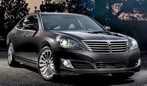 Hyundai Weighs 3rd Luxury Car, Small Crossover