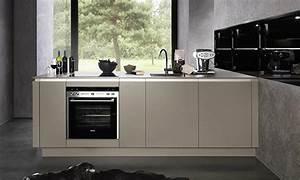 Küchen Ideen Kleiner Raum : kleine designer k che exklusiv angebote preise infos ~ Michelbontemps.com Haus und Dekorationen