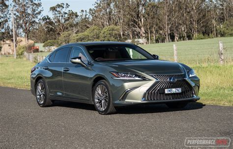 2019 Lexus Es Review by 2019 Lexus Es 300h Sports Luxury Review