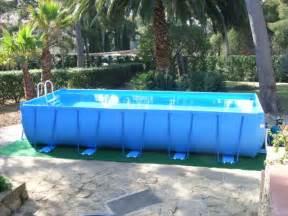 nettoyer sa piscine hors sol bien choisir sa piscine hors sol