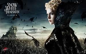 Snow White and The Huntsman Kristen Stewart - wallpaper.