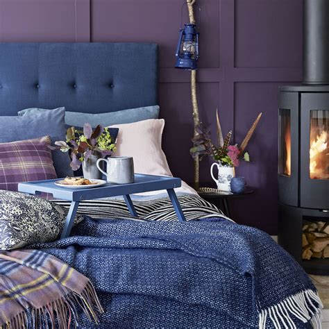 Bedroom Decorating Ideas For Purple Rooms by 25 Attractive Purple Bedroom Design Ideas You Must