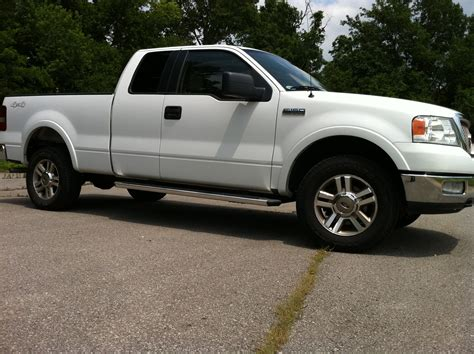 ford truck white 2005 ford f150 truck 4x4 white lariat with leather and