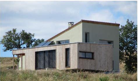 maison brique et bois construction d une maison en bois et monomur