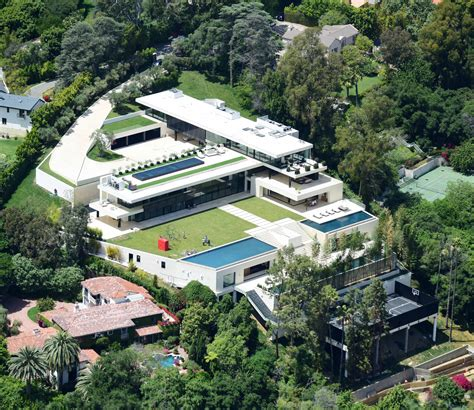 Hilltop Home In Bel Air by Beyonce Z S Stunning New 135m Bel Air Mansion Has 4