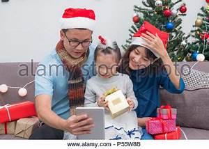Schenkung Haus An Kind Zu Lebzeiten : frohe weihnachten frohes neues jahr hand winter essen gru karte erstellt lustige marshmallow in ~ Orissabook.com Haus und Dekorationen