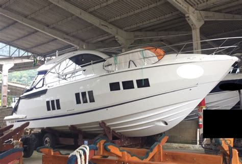fairline  targa gt bsouto yachts pagina interna