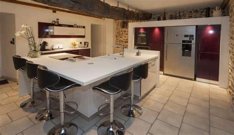 modele de cuisine moderne avec ilot a voir modele cuisine avec ilot