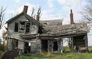 farm house | old & broken down | Pinterest | Junk removal ...