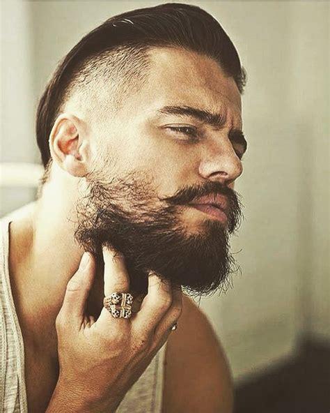 easy steps  achieve  perfect beard neckline