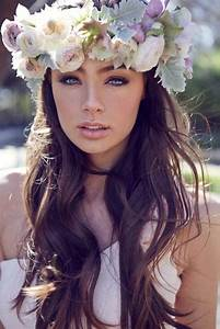 11 Wedding Hairstyles With Flowers Young Hip Fit