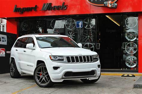 white jeep grand cherokee wheels grand cherokee savini wheels