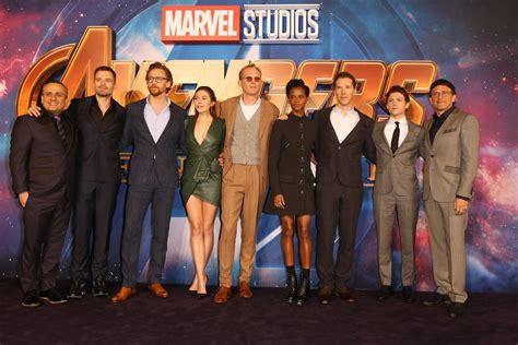 avengers infinity war cast including benedict cumberbatch