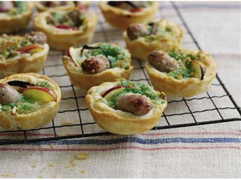 Recipe Tartina me salçiçe dhe brokoli