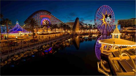 Disneyland Iphone 11 Wallpaper by Disneyland Hd Wallpapers Beautiful Collection Picsbroker