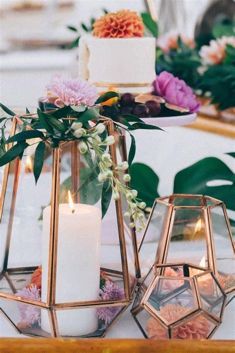 14 Geometric Wedding Table Decor Ideas Terrarium Wedding