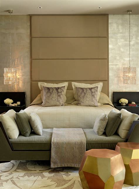 2 Seater Bedroom Sofa by Why Should You A 2 Seater Sofa In Your Bedroom