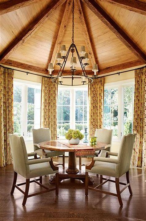 octagonal breakfast room  spectacular vaulted