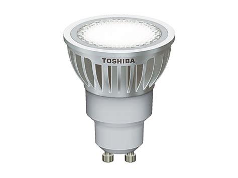 how many watts is 275 led toshiba led spot gu10 8 5 watt 275 lumen warmwei 223 dimmbar led100 einbaustrahler und mehr