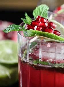 Pomegranate Design Pomegranate Christmas Cocktails Christmas Cocktail Recipe